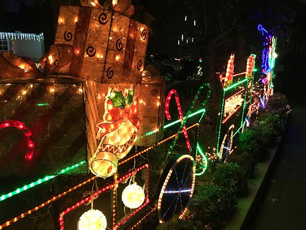 East County Christmas Lights