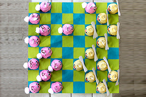 Make your own easter checkers! Tonya from Create-Celebrate-Explore shows you how.