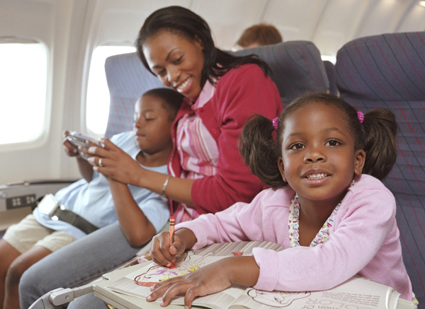 10 tips you should follow before traveling internationally with your family.