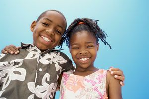8 Tips On Encouraging Your Kids To Be Close