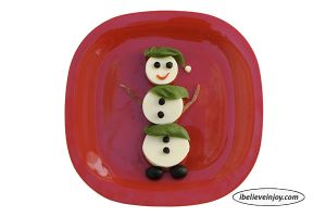 Snacking with Joy: Healthy Snowman Snack
