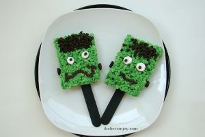 Snacking With Joy: Frankenstein Pops