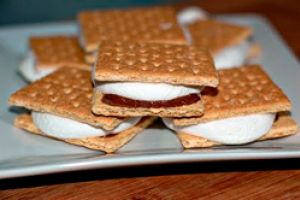 21 Ways to Make S'mores